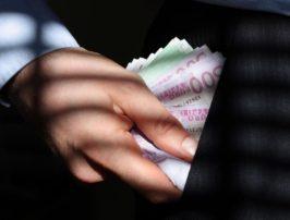 Πάρτε το χρήμα απ' τον κοσμάκη